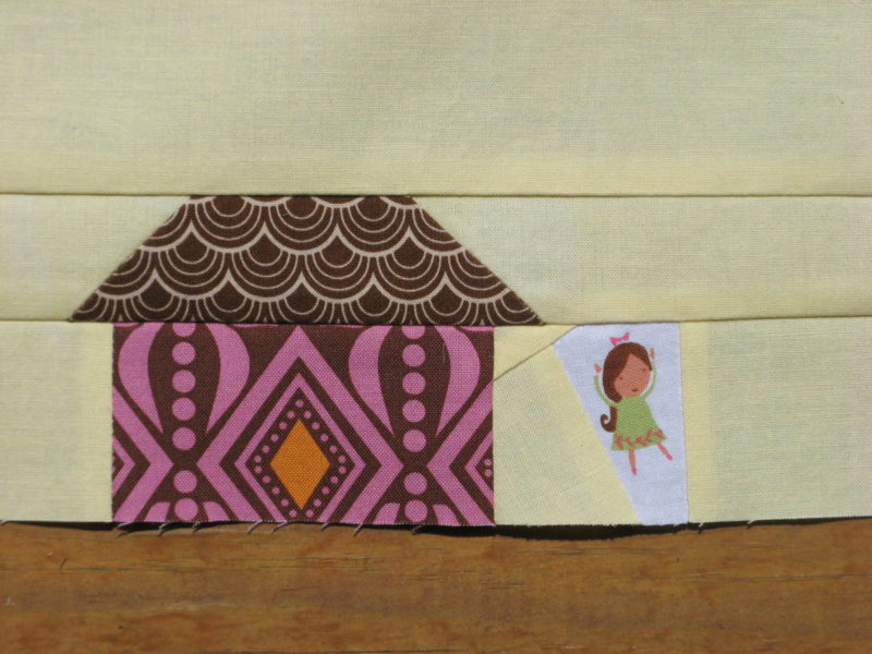 angela-pingel-bee-modern-house-block-purple-detail