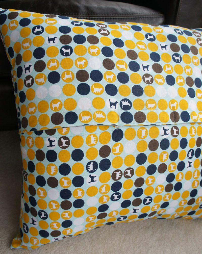 Kansas dugout pillow